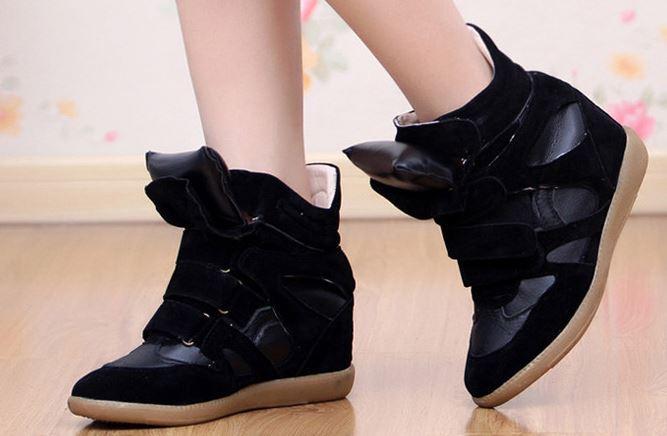 รองเท้าหนังเสริมสูงผู้หญิง