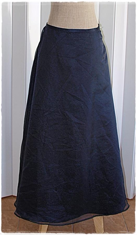 กระโปรงยาว ผ้าแก้ว สีน้ำเงินกรมท่า