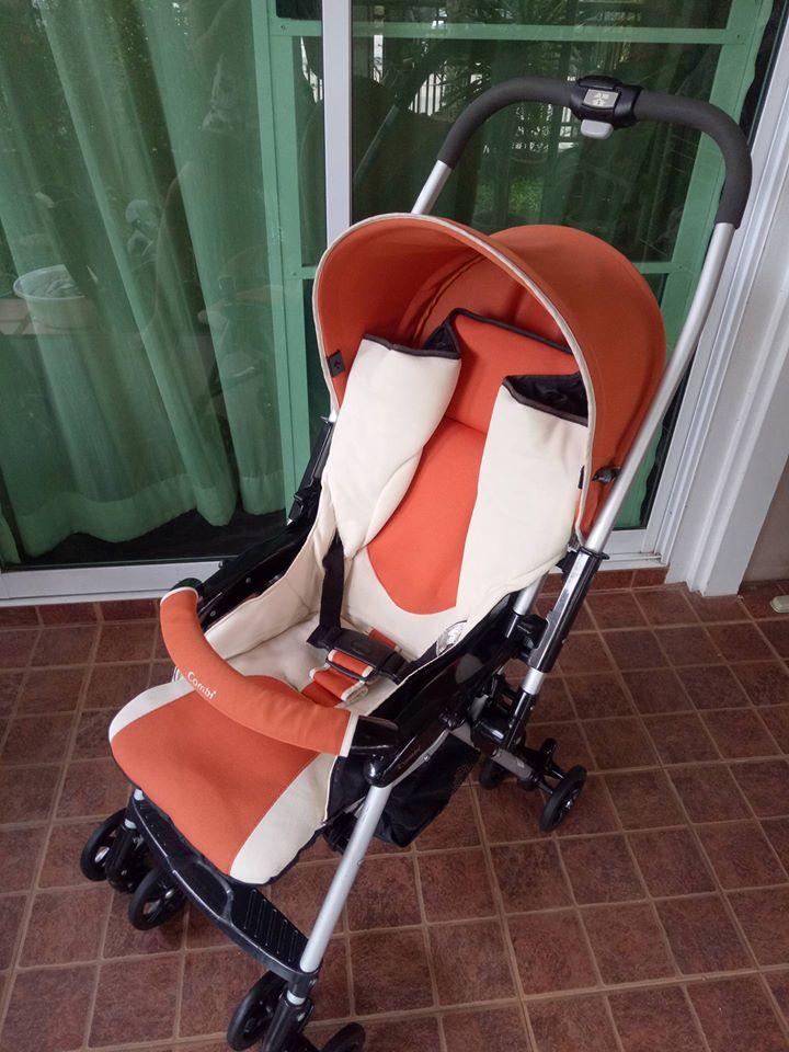 รถเข็นเด็ก Combi สีส้ม-ขาว รหัสสินค้า SL0044