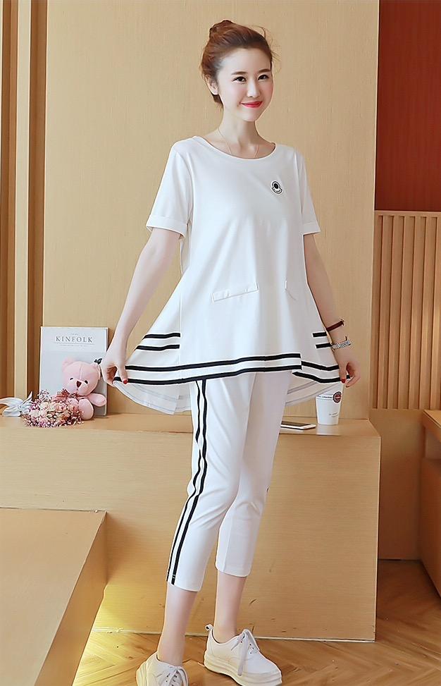 ชุดเสื้อ+กางเกง 5ส่วน ลายเส้นสปอต ดูคล่องตัว กระเป๋าหลอก เบาสบาย น่ารัก M,L,XL,XXL