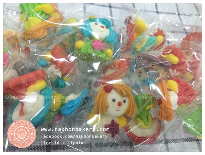 ตุ๊กตาไอซิ่ง เด็กผู้หญิง ตุ๊กตาน้ำตาลไอซิ่ง icing (3ซม)