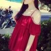 เสื้อผ้าแฟชั่นผู้หญิง ((พร้อมส่ง)) : เสื้อแฟชั่นสีแดง สายเดี่ยว แต่งระบายที่เสื้อ ผ้าพริ้วๆน่ารักๆจ้า