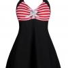 ชุดว่ายน้ำคนอ้วน พร้อมส่ง :ชุดว่ายน้ำไซส์ใหญ่สีดำผูกคอแต่งลายทางสีแดงขาวผูกโบว์สีขาว มีกางเกงขาสั้นใส่ด้านในน่ารักมากๆจ้า:รอบอก44-52นิ้ว เอว40-50นิ้ว สะโพก46-58นิ้วจ้า