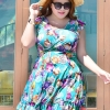 Swimsuit Bigsize พร้อมส่ง :ชุดสีเขียวน้ำทะเลแต่งลายดอกไม้สีสันสดใสแบบเก๋ กางเกงขาสั้นใส่ด้านในน่ารักมากๆจ้า:รอบอก42-50นิ้ว เอว36-44นิ้ว สะโพก40-50นิ้วจ้า