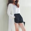 เสื้อคลุมแฟชั่น พร้อมส่ง : เสื้อคลุมสีขาวตัวยาวผ้าพริ้วๆ น่ารักมากจ้า