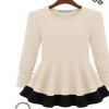 ((พร้อมส่ง)) เสื้อผ้าแฟชั่นผู้หญิง : เสื้อแฟชั่นสีขาว แต่งชายเสื้อขอบสีดำพริ้วๆ น่ารัก น่ารักจ้า