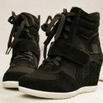 รองเท้าผ้าใบเสริมสูงรองเท้ากีฬาตาข่ายแบบสายรัดสไตล์เกาหลี