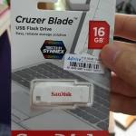 usb flashdrive sandisk 16 gb cruzer blade สีขาว
