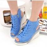 รองเท้าผ้าใบรุ่นหัวตัด เสริมสูงประดับซิปข้างสไตล์เกาหลี