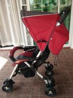 รถเข็นเด็กมือสอง Combi สีแดง คาดเทาดำ รหัสสินค้า :C0010