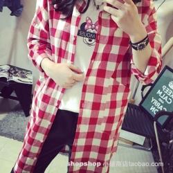 ((พร้อมส่ง)) เสื้อผ้าแฟชั่นผู้หญิง : เสื้อแฟชั่นสีแดงแต่งลายสก็อต น่ารักๆจ้า