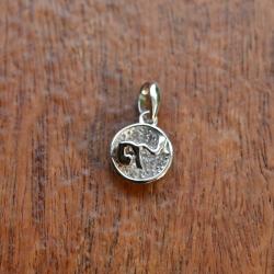 จี้เงิน 925 เลข ๙ ไทย เลขมงคล ชุบทองคำขาว ประดับ CZ เกรด Swiss แมชชีนคัท