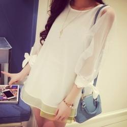 ((พร้อมส่ง)) เสื้อผ้าแฟชั่นผู้หญิง : เสื้อแฟชั่นสีขาวตัวยาว แต่งผูกโบว์ที่แขน และผ้าโปร่ง น่ารัก น่ารักจ้า