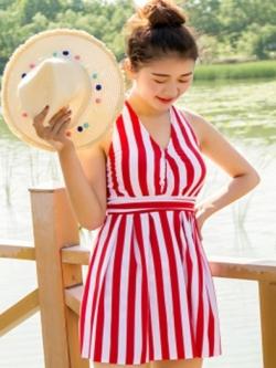 ชุดว่ายน้ำวันพีช พร้อมส่ง :ชุดว่ายน้ำสีแดงผูกคอแต่งลายทางสีขาวและสายด้านหลัง มีกางเกงใส่ด้านในแบบเก๋น่ารักมากๆจ้า:รอบอก30-38นิ้ว เอว28-36นิ้ว สะโพก30-38นิ้ว