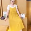 เอี๊ยมกระโปรงคลุมท้อง ยาวด้านล่างอัดพรีทสีเหลือง + เสื้อยืดสีขาว M,L,XL,XXL