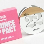 Ver.22 Foundation Bounce Up Pact XS SPF50+ PA++#1 แป้งดินน้ำมันตลับเงิน กล่องชมพู