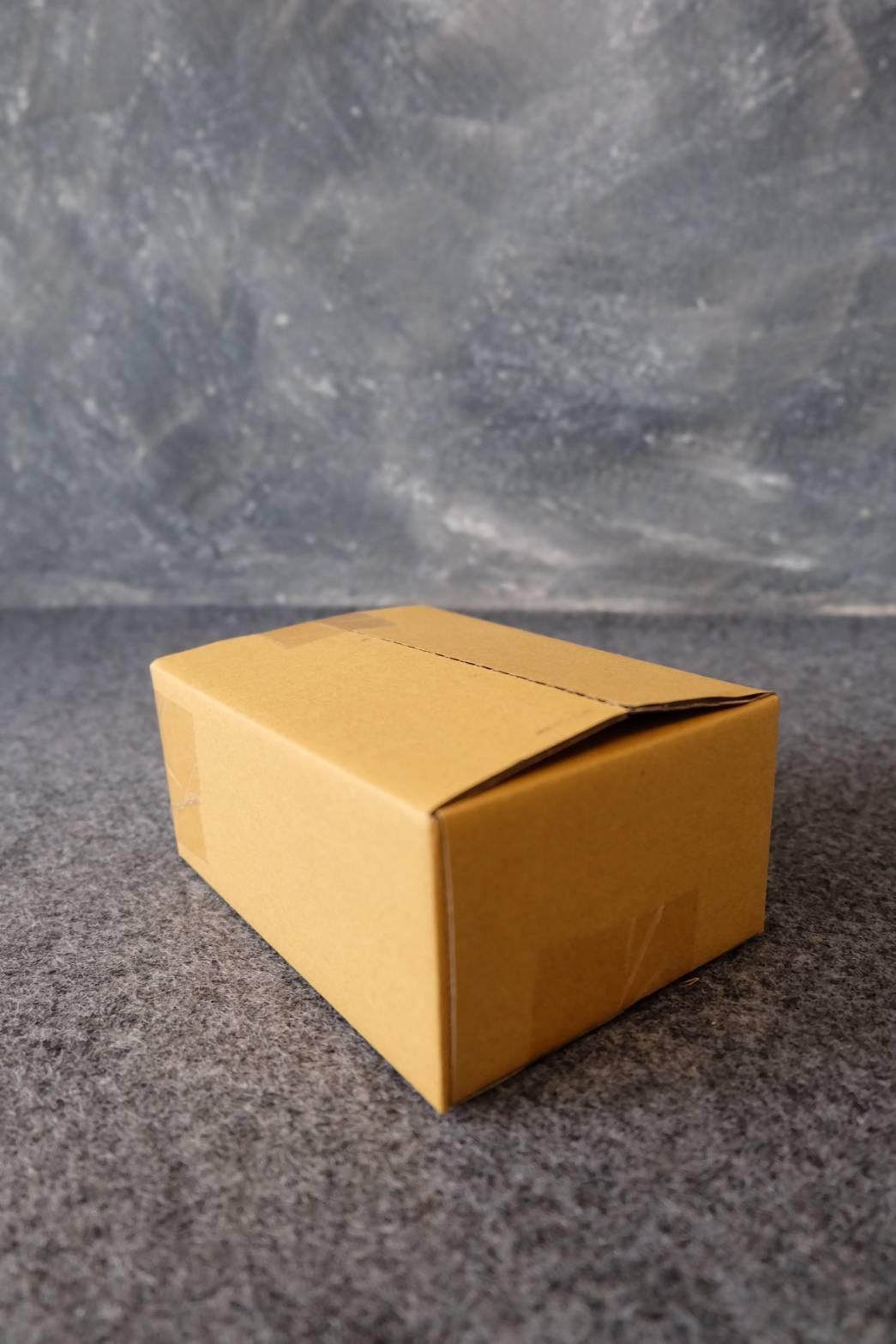 กล่องพัสดุ เบอร์ 00 (11x8.5x6 cm.)