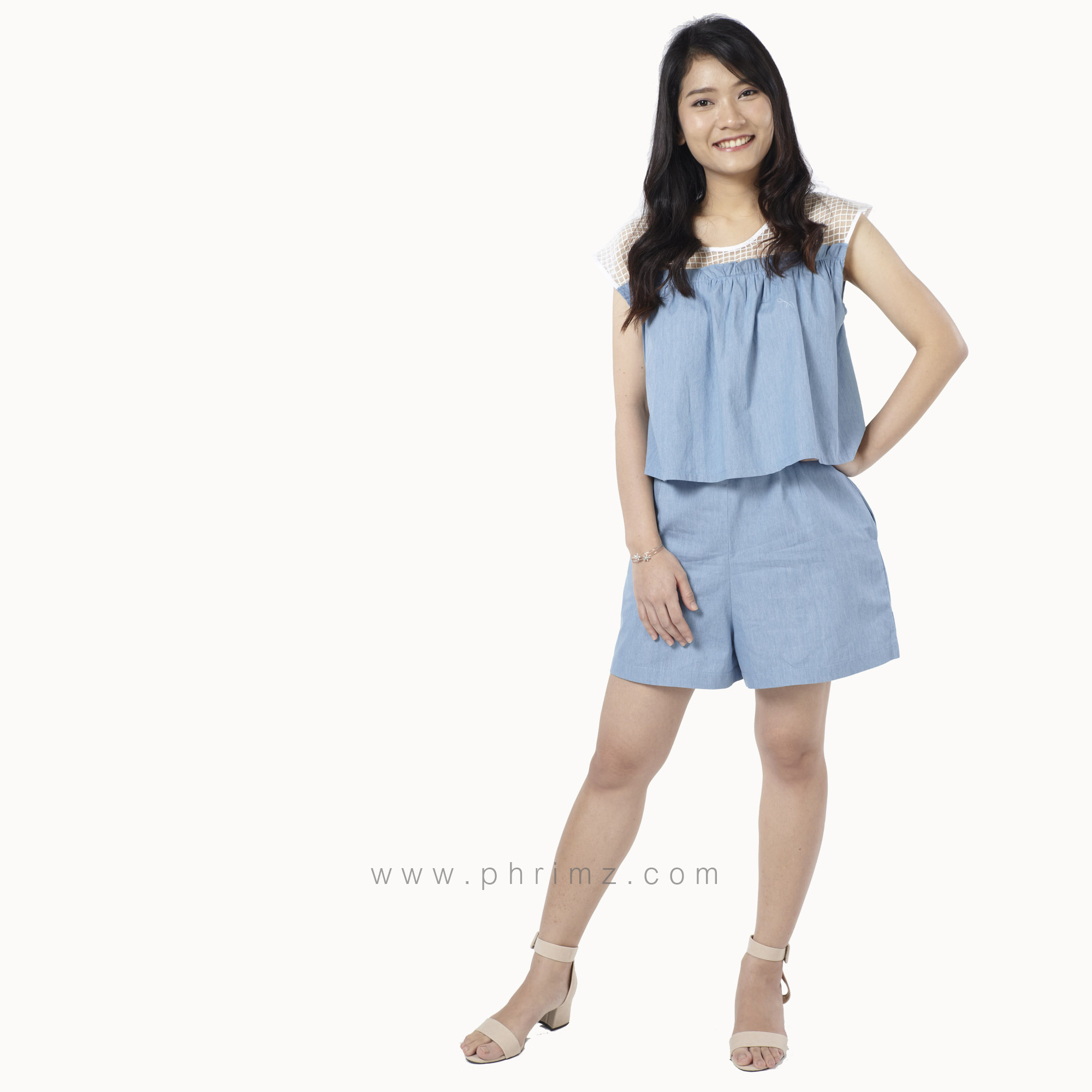 ชุดให้นม Phrimz : Zena Breastfeeding Jumpsuit - Light Blue Jeans