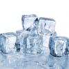 """6 ประโยชน์ของ """"น้ำแข็ง"""" ทางด้านความงาม"""